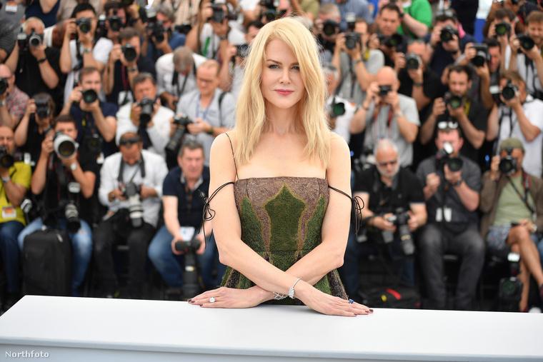 A sorozat pedig szintén egy versenyen kívüli alkotás Nicole Kidman főszereplésével: A tó tükre tévésorozat második évada, amelyet az új-zélandi Jane Campion rendezett.