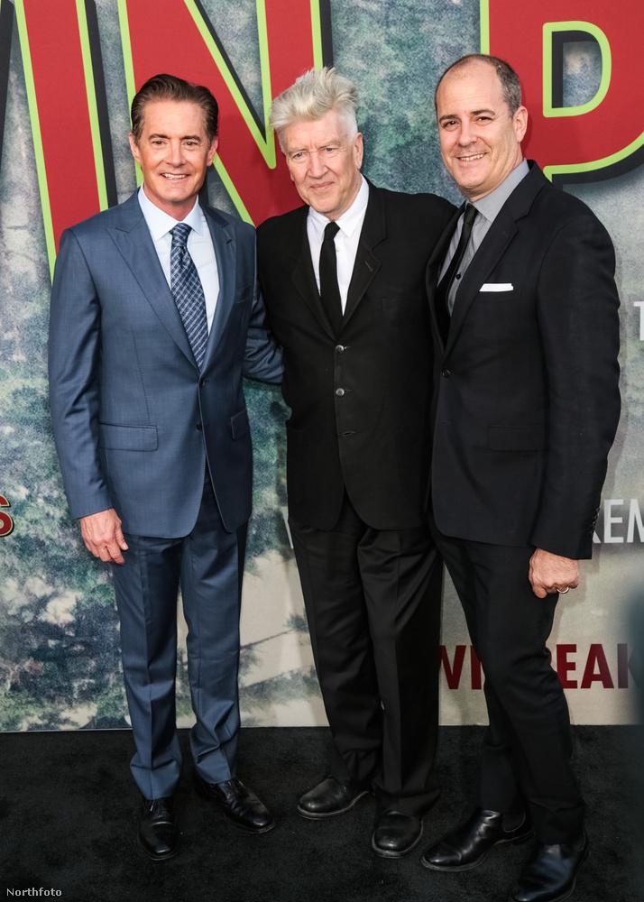 A sorozat főszereplője és rendezője mellett az új évadot gyártó Showtime vezérigazgatója, Dave Nevins látható