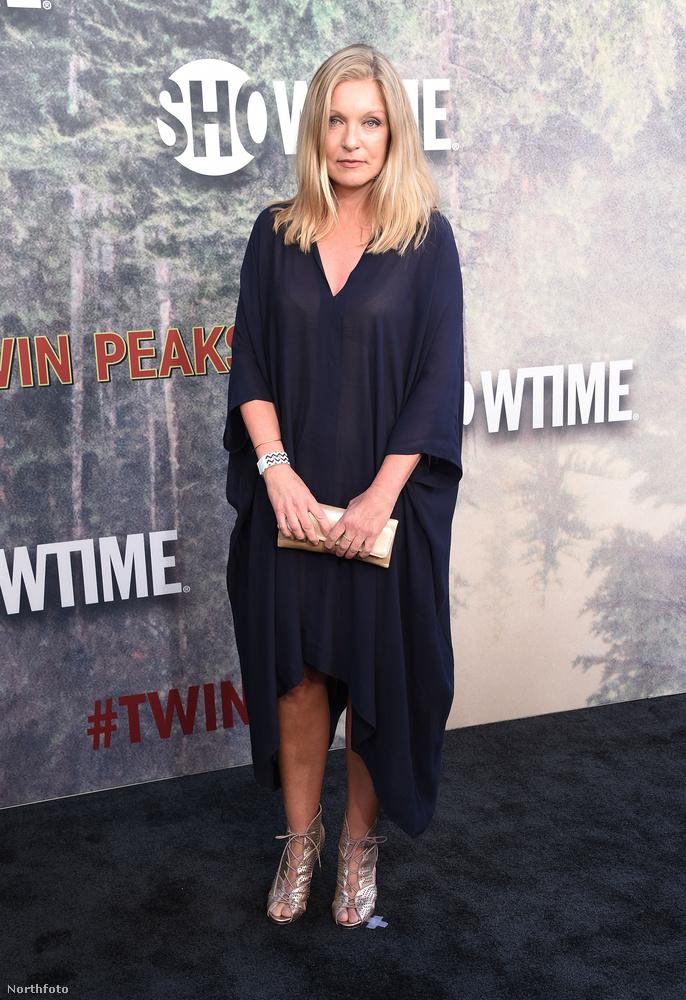 """A végére hagytuk a lényeget! A kilencvenes évek talán legnagyobb kérdése az volt a Twin Peaks-rajongók és a sorozatfüggők körében, hogy mégis""""Ki ölte meg Laura Palmert?"""""""