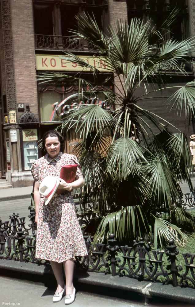 Ez a fotó szintén 1938-ban készült a Ferenciek terén