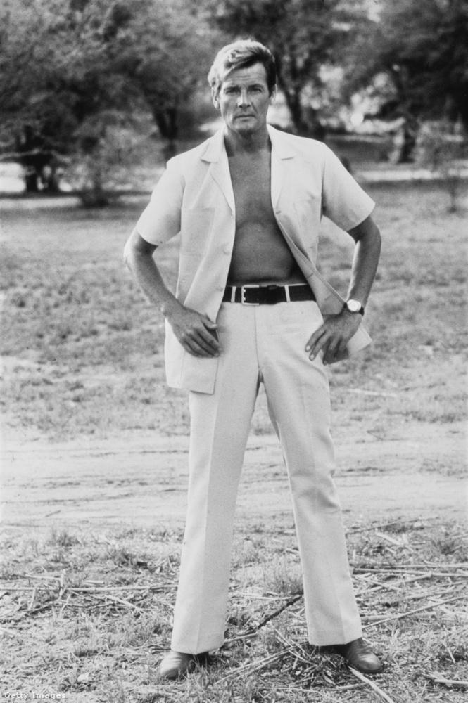 89 éves korában, hosszú betegség után ma elhunyt Roger Moore, brit színész