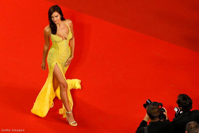Irina Shayk a Cannes-i Filmfesztivál vörös szőnyegére tartogatta első, szülés utáni gálázós megjelenését