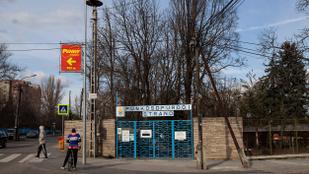 A Pünkösdfürdői Strandon nyúlt bele egy 8 éves kislány bugyijába egy 70 éves férfi