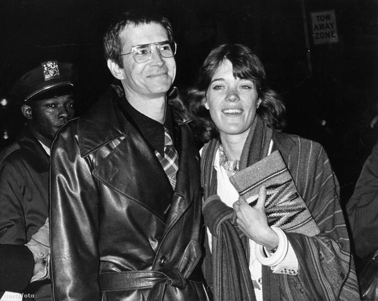 Anthony Perkins és Berry Berenson boldog párként 1975-ben.