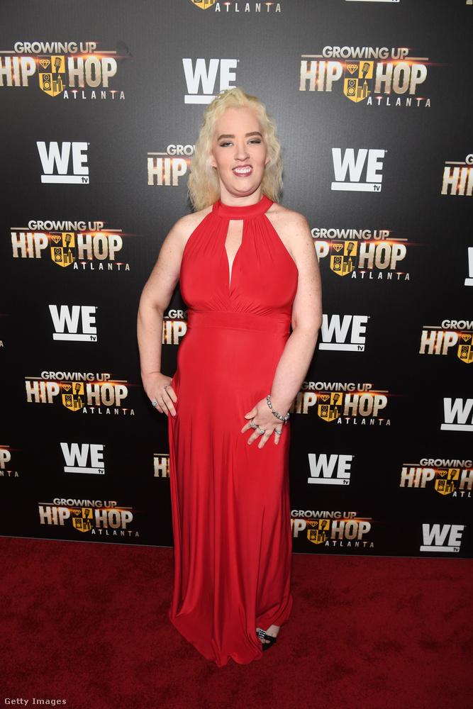 Mama June a Growing Up Hip Hop című sorozat premierjén Atlantában, május 23-án.
