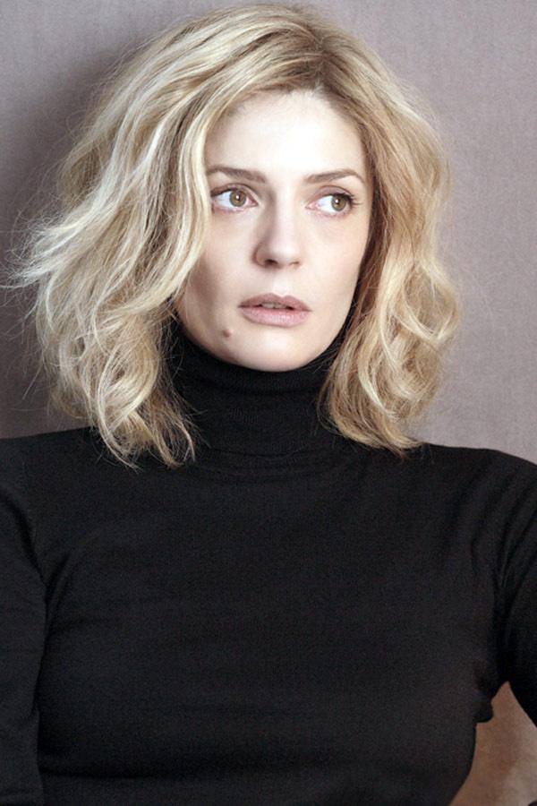 Chiara igazi szőke szépség: éppen úgy néz ki, mint édesanyja fiatal korában.