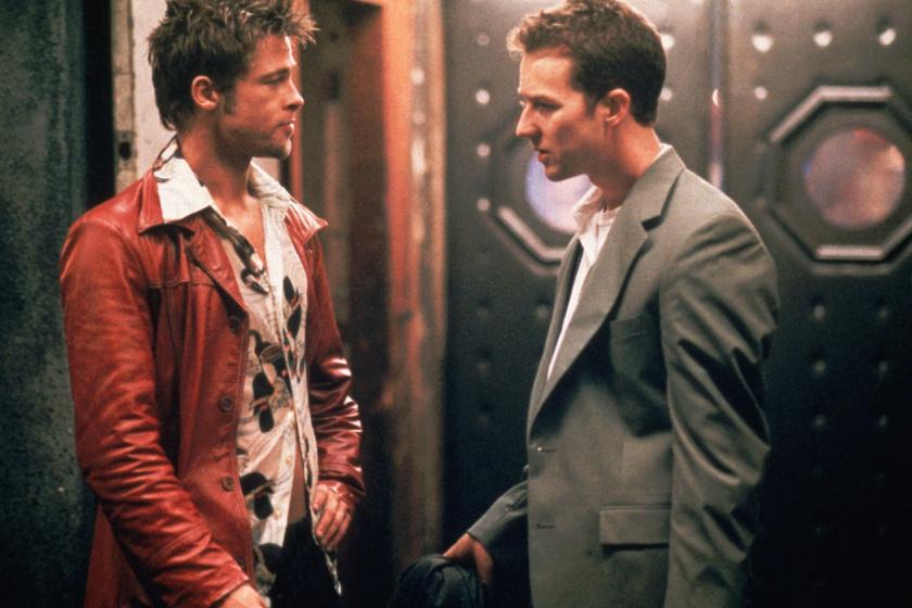 Brad Pitt a Harcosok klubjának egyik emlékezetes jelenetét forgatta le részegen, miután Edward Nortonnal alaposan a pohár fenekére nézett.