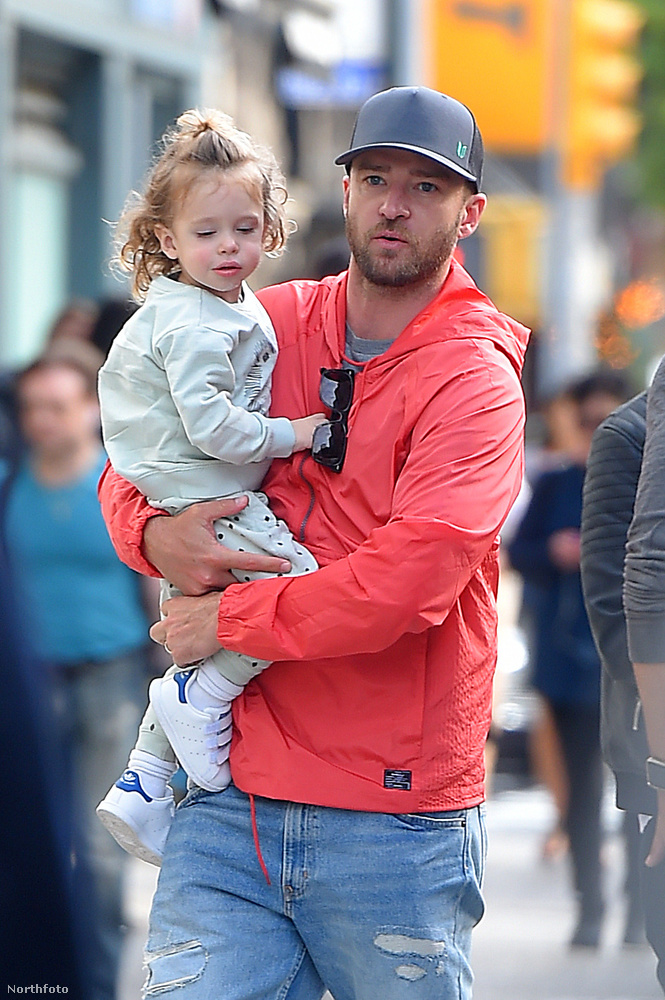 Akit most lát, az Justin Timberlake és kétéves fia, Silas