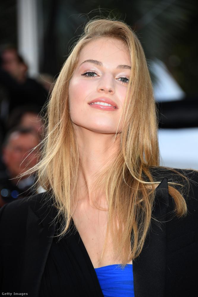 Még valamiNem csak Palvin Barbara és Mihalik Enikő volt ott Cannes vörös szőnyegén.