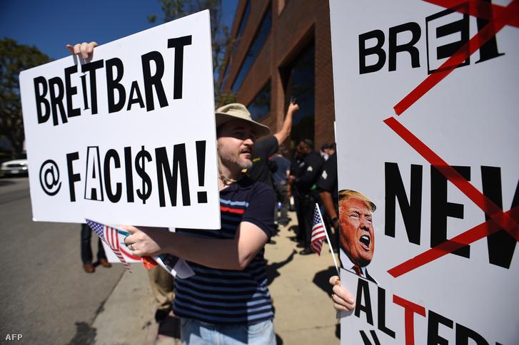 A Breaitbart ellen tüntetők Los Angelesben, 2017. március 12-én