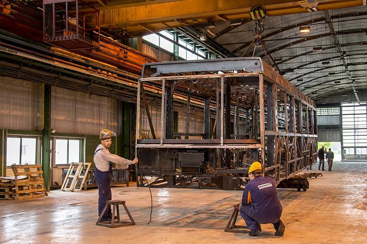 AZ IKARUS Járműtechnika Kft. a régi IKARUS buszgyár területén működik Székesfehérváron az Ipari Parkban