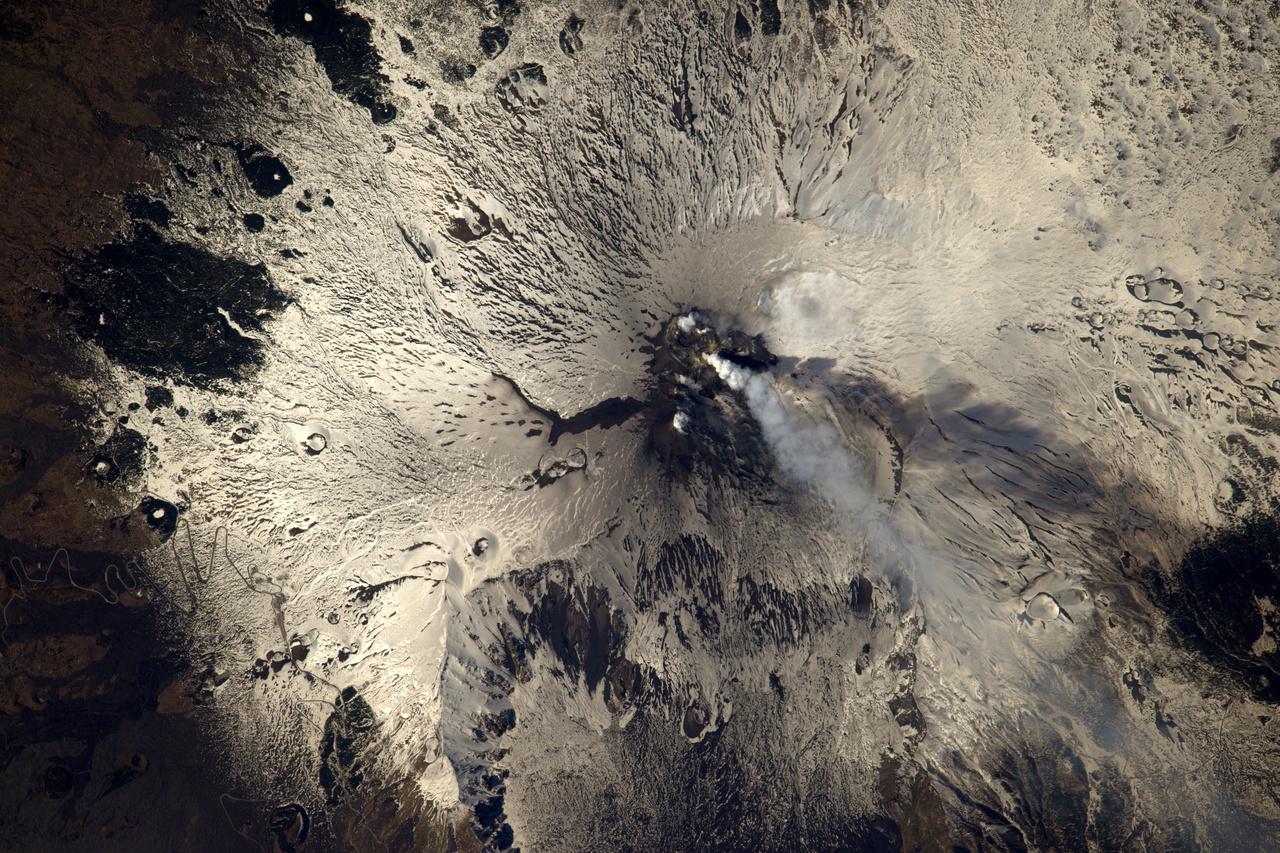 Az Etna aktivitását is megörökítette a francia űrhajós.