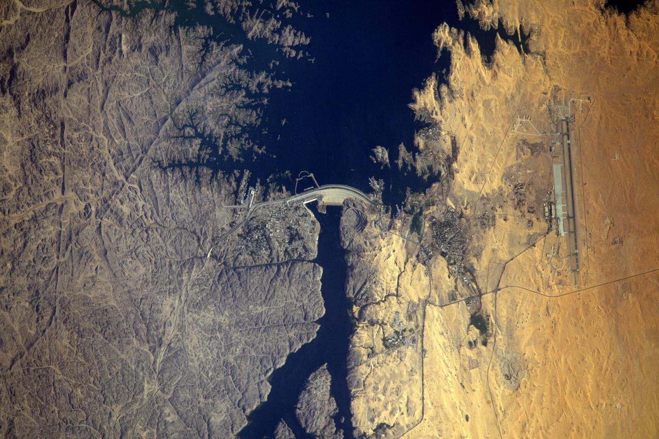 Az Asszuáni-főgát a Níluson