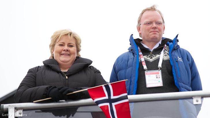 Erna Solberg és Sindre Finnes