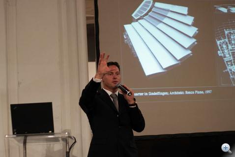 Gorden Wagener professzor és a hétujjú kéz