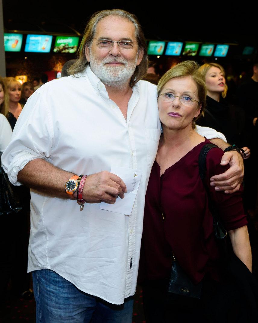 A producerházaspár, Kovács Gábor és felesége, Pataki Ágnes egykori modell is megjelent a Magyar Nemzeti Filmalap által támogatott thriller premierjén.