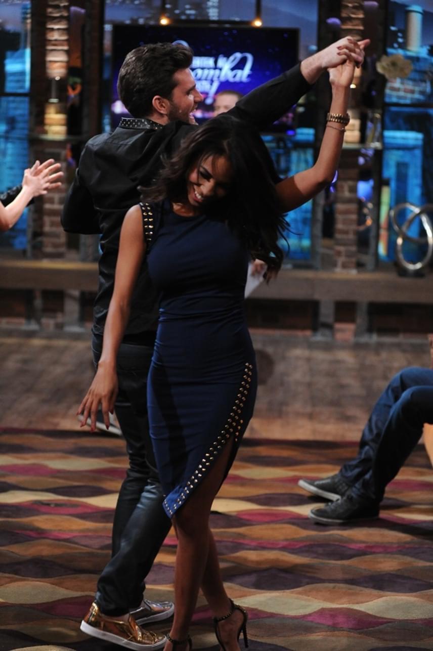 Az RTL Klub Éjjel-Nappal Budapest című sorozatának sztárja Tücsit, a Sláger Tv műsorvezetőjét táncoltatta meg a Gyertek át szombat este! legutóbbi felvételén.