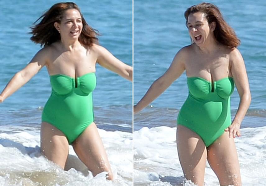 Bárki bármit is mondd, korához képes remekül néz ki a 43 éves Maya Rudolph, egy kis súlyfelesleg ide vagy oda.