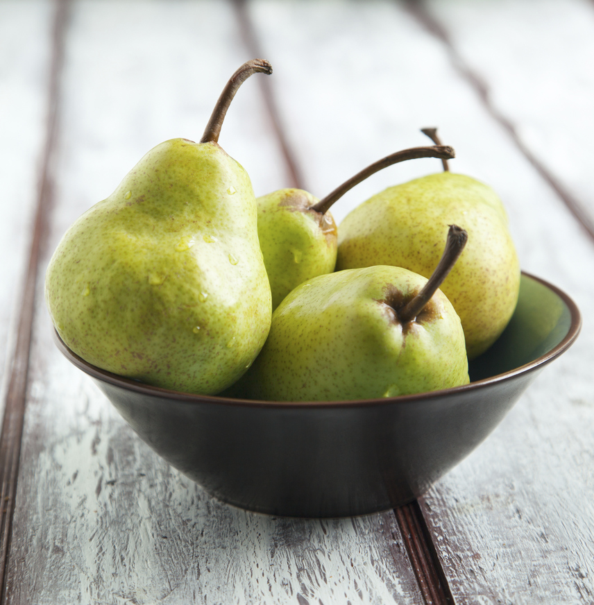 A körte az egyik legjobb választás, ha az étrended egy gyümölcs elfogyasztását írja elő. Mivel átlagosan egyetlen körte 5,5 gramm rostot tartalmaz, ezért egyike a leglaktatóbb gyümölcsöknek, ráadásul a bélrendszert is alaposan átmozgatja. A rostok segítik a különböző tápanyagok felszívódását, míg a körtében található vitaminok biztosítják a gyümölcs helyét a szuperételek listáján.