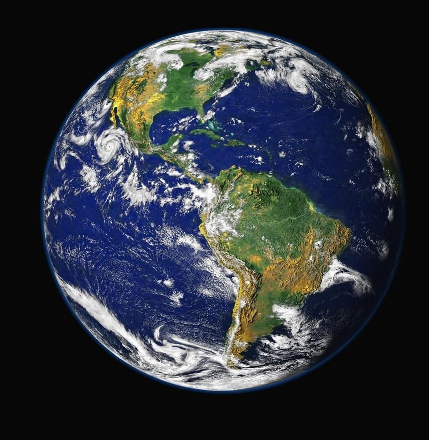 Ez itt a Föld, ahol élsz. Sugara 6371 kilométer. Több mint hétmilliárdan lakják.