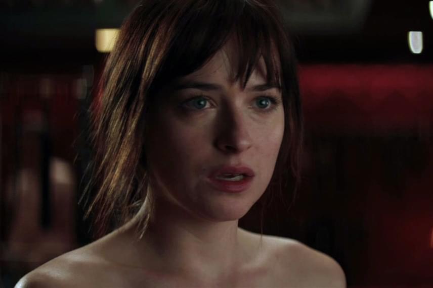 Dakota Johnson elvállalta a főszerepet A szürke ötven árnyalata című erotikus regény filmváltozatában. Édesanyja, Melanie Griffith nem volt elragadtatva lánya döntésétől, ezért úgy döntött, el sem megy megnézni a szexjelenetekkel túlfűtött alkotást.
