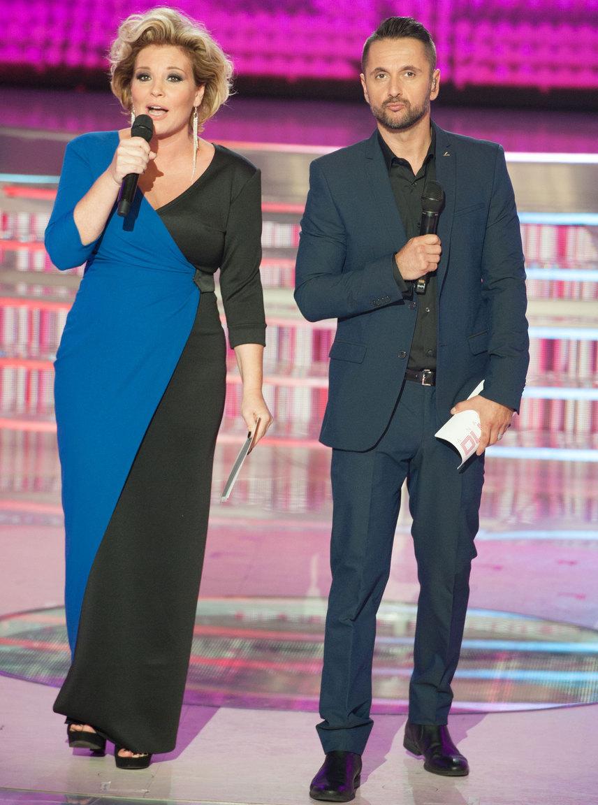 A Nagy Duett döntőjében viselt kék-fekete kreáció a Robert|Maar Showroomból származik.