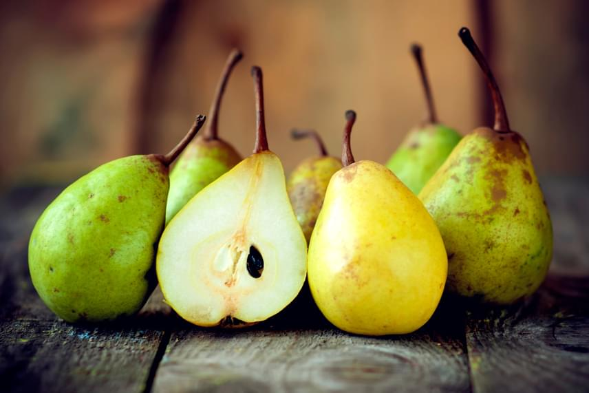 A béltisztítás terén az almafogyasztás is kiváló lehetőséget jelent, ha azonban szeretnél a változatosságra törekedni, egyél meg helyette vagy mellette mindennap egy-két körtét is, melynek rostjai kisöprik a méreganyagokat az emésztőrendszerből.