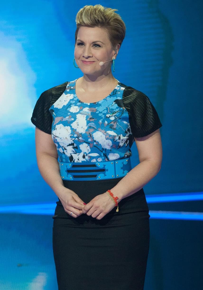 Ábel Anita a Kismenők döntőjében a Maison Marquise tervezője, Tóth Bori által megálmodott, testhezálló ruhát viselte.