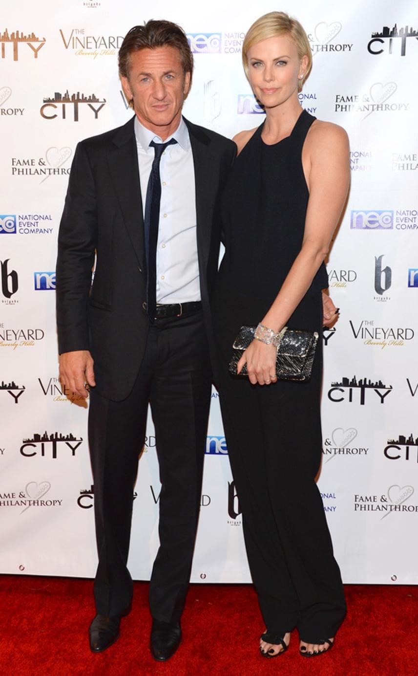 Kétéves kapcsolat és több év barátság után, 2015 nyarán jelentette be Charlize Theron és Sean Penn, hogy felbontják eljegyzésüket. Máig nem tudni, mi vezethetett a szakítás végéhez.