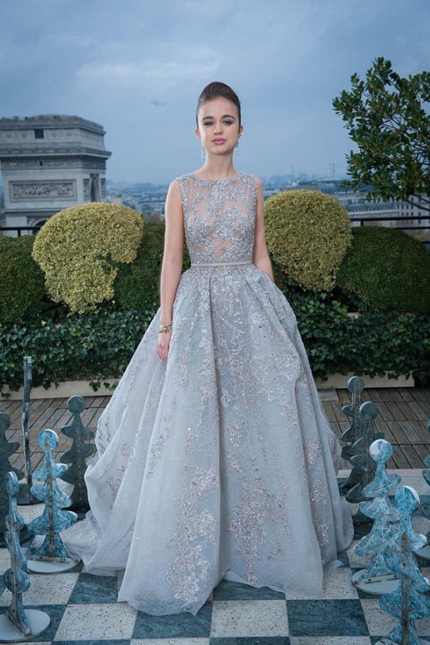 Tavaly megkaparintotta Katalin hercegné elől a legcsinosabb előkelőség címet, őt választották ugyanis a britek a legszebbnek a magazin szavazásán.