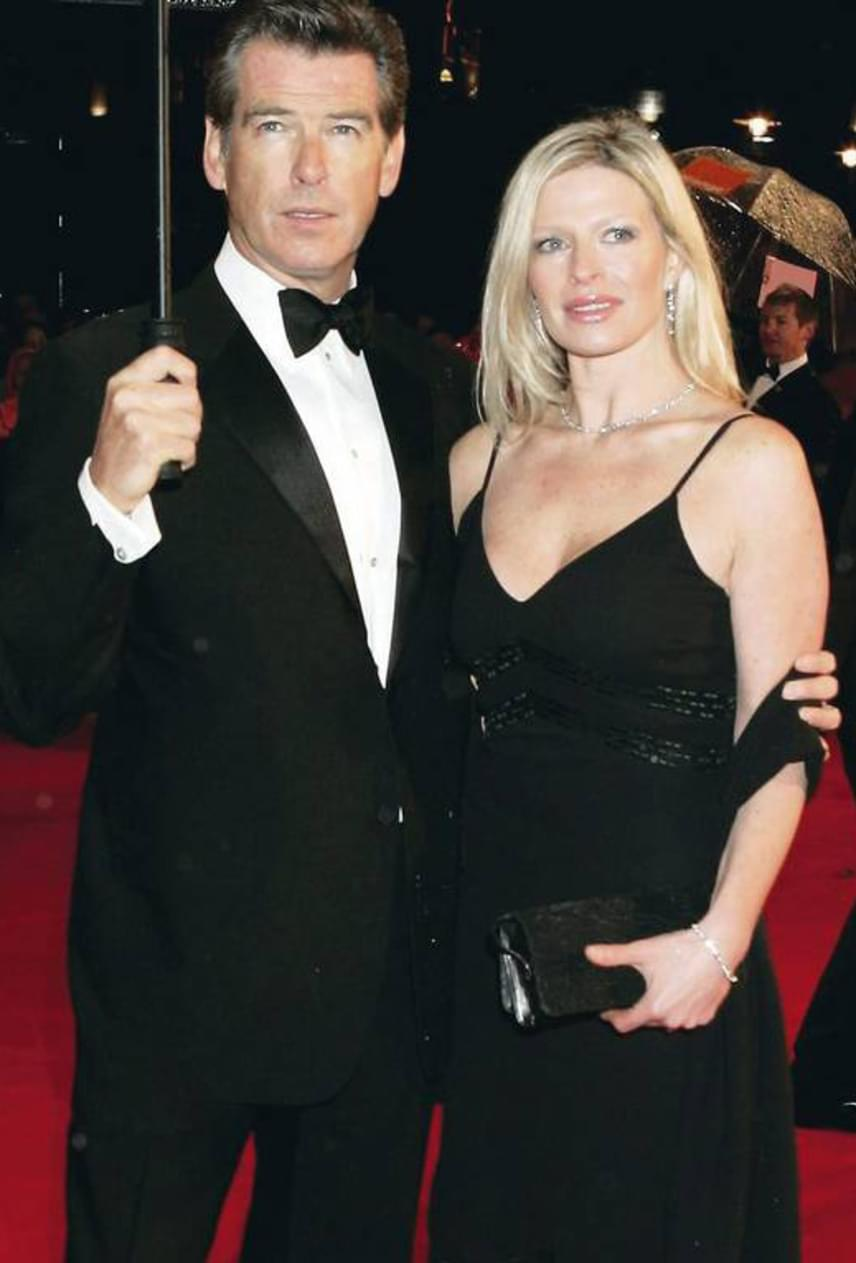 Pierce Brosnan 42 éves lánya, Charlotte Brosnan három évvel ezelőtt, petefészekrákban vesztette életét - csakúgy, mint édesanyja, a sztár egykori felesége.