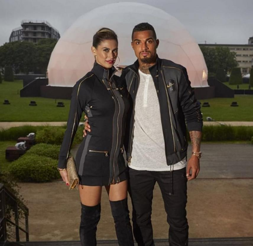 Jérome Boateng párja az olasz tévéből ismert szépség, Melissa Satta, aki gyakran posztol párjával közös képeket.
