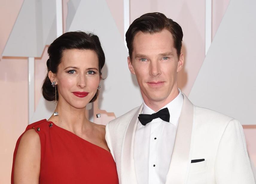 A BBC szerint Benedict Cumberbatch nem tartozik a legsármosabb sztárok közé, feleségének azonban minden szemponból megfelel: tavaly februárban kötötték össze életüket, majd rá pár hónapra megszületett első gyermekük, Cristopher.