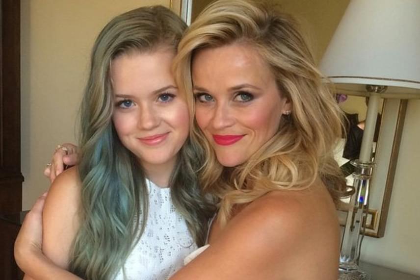 Reese Witherspoon és kislánya, Ava Phillippe csak hajszínükben különböznek: a vonásaik teljesen egyformák.