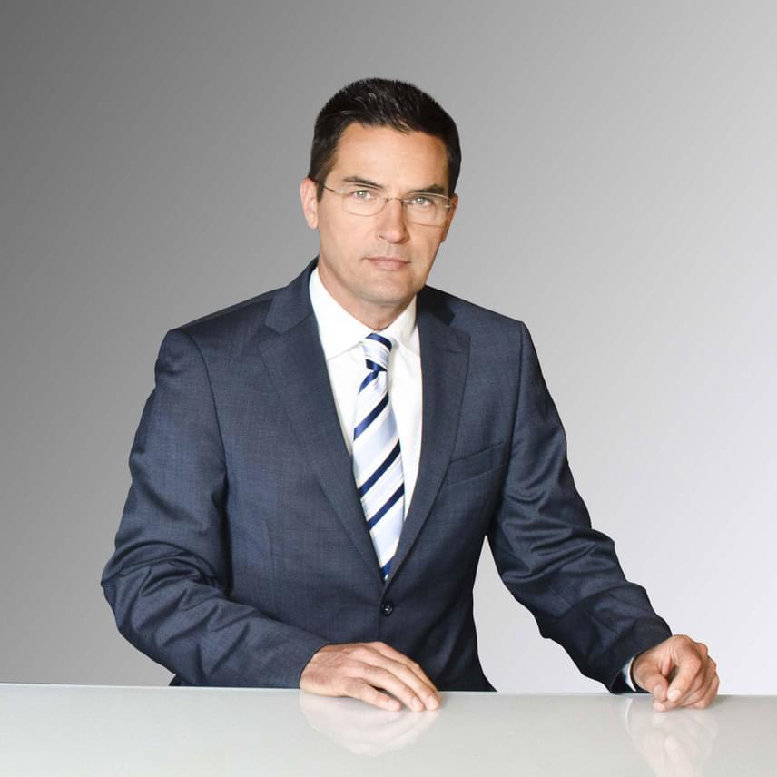 Visszatér az ATV képernyőjére Gajdos Tamás. A tévés szakember a csatorna híradójának műsorvezetőjeként július 4-én, hétfőn kezdi meg a munkát.