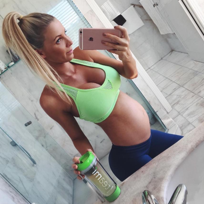 Bár valóban továbbra is odafigyel étkezésére, a fitneszanyuka biztosította arról a követőit, nincs okuk aggodalomra, hiszen egy nemrégiben végzett vizsgálaton azt állapították meg, a baba még 20%-kal nagyobb is, mint aszerint, hogy hány hetes, lennie kellene.