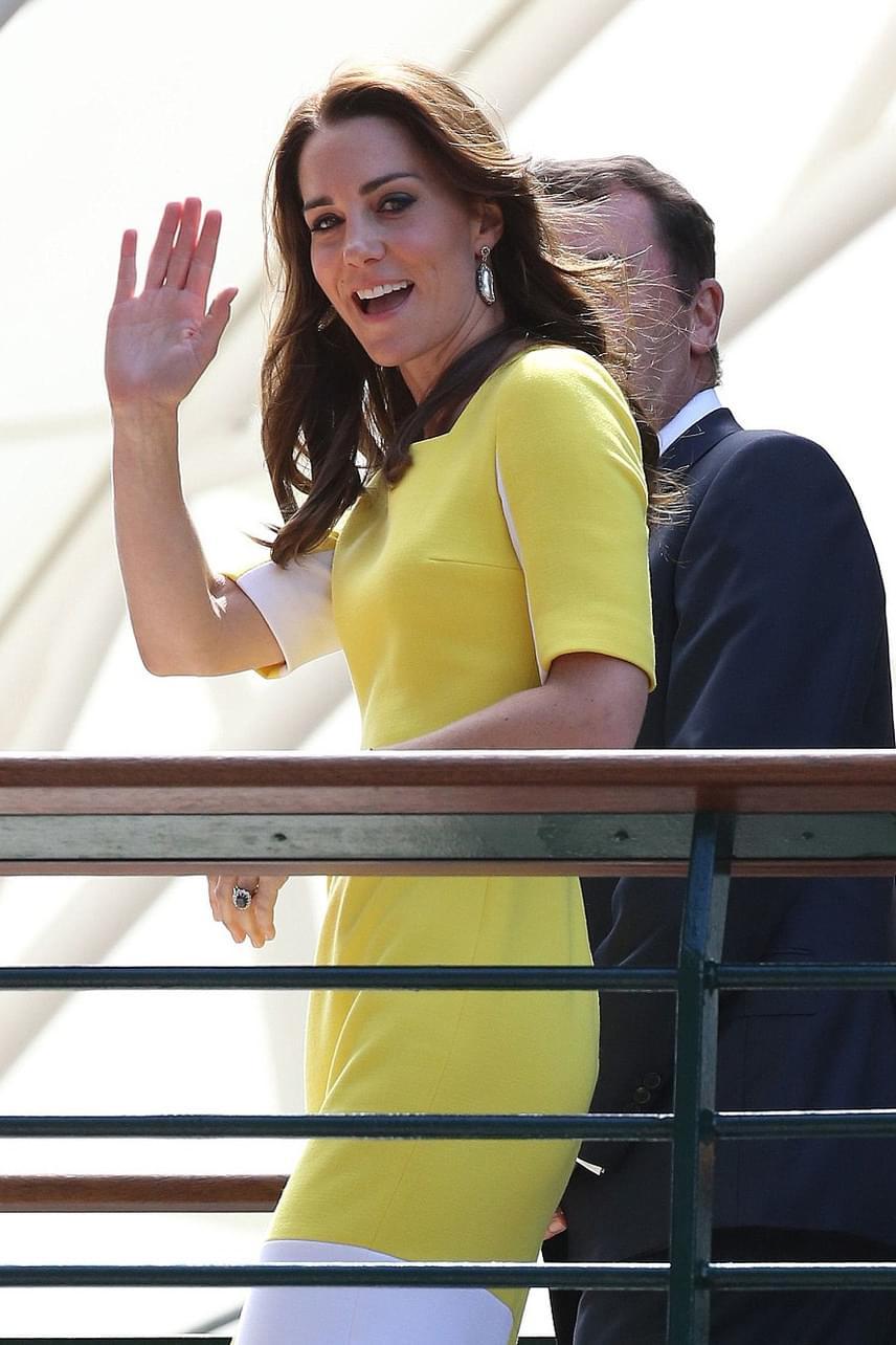 A királyi páholyból nézhette végig az összecsapást a hercegné, aki szerintünk nagyon csinos volt a sárga ruhában - és egyáltalán nem volt banánszerű.
