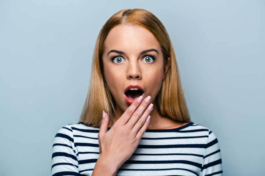 Ásítás közben sem kizárt, hogy meglepetés éri az embert: akárcsak a tüsszentésé, az ásításért felelős agyterület is az orgazmusért felelős agyterület szomszédságában található.