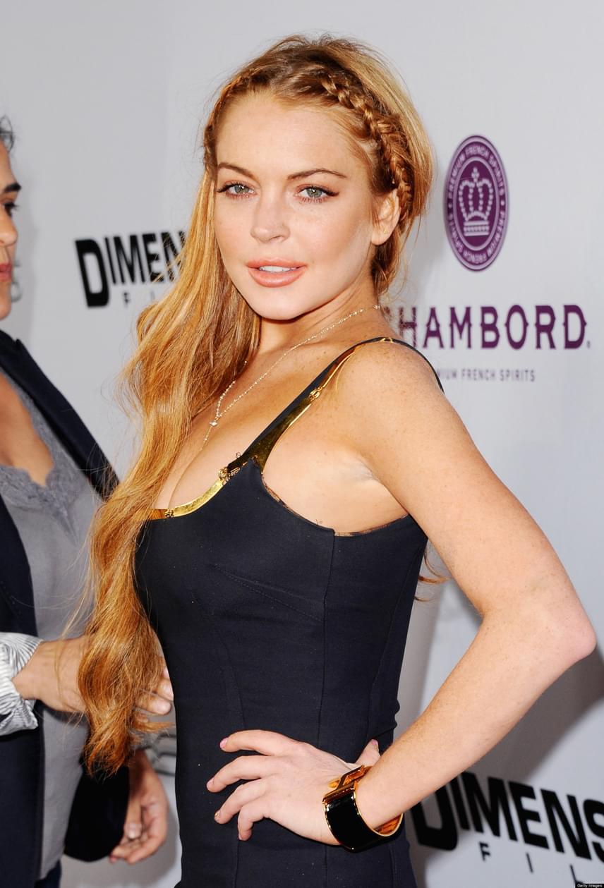 Valaha Lindsay Lohan volt az egyik legnépszerűbb gyereksztár, milliók imádták vörös copfos kislányként az Apád-anyád idejöjjönben. Később már féktelen tivornyáitól volt hangos a sajtó, szinte minden héten lefotózták részegen az utcán fetrengve.