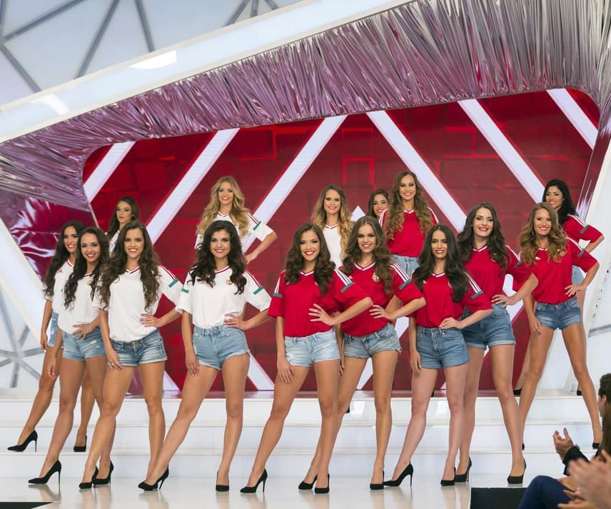 A 15 szépség, akik bejutottak a Magyarország Szépe döntőjébe. A lányok a hagyományos bikinis és estélyi ruhás felvonulás mellett, az Eb magyar sikere előtt tisztelegve, a fociválogatott mezében és nemzeti ihletésű kreációkban is megmutatták magukat.