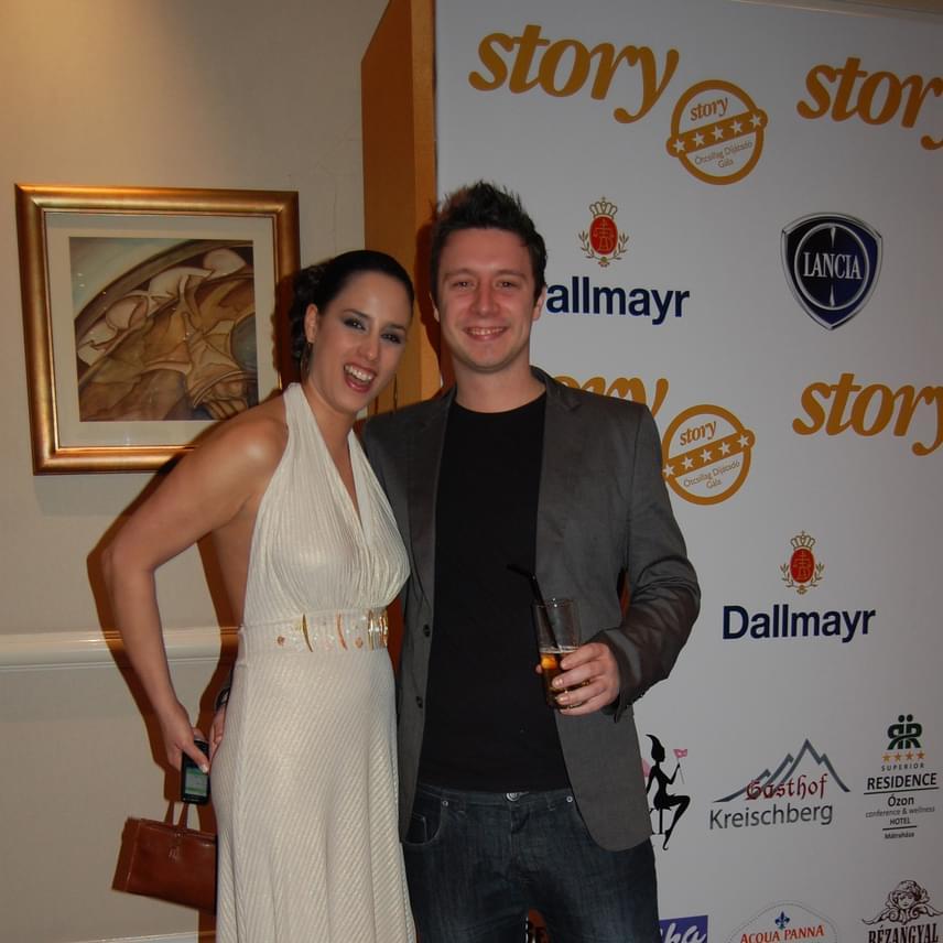 Trokán Anna 28 évesen vetett véget egyéves házasságának Stuarttal, ezen a fotón még a 2012-es Story-gálán láthatóak együtt. Azóta újra párra lelt, szerelmével három éve élnek együtt.