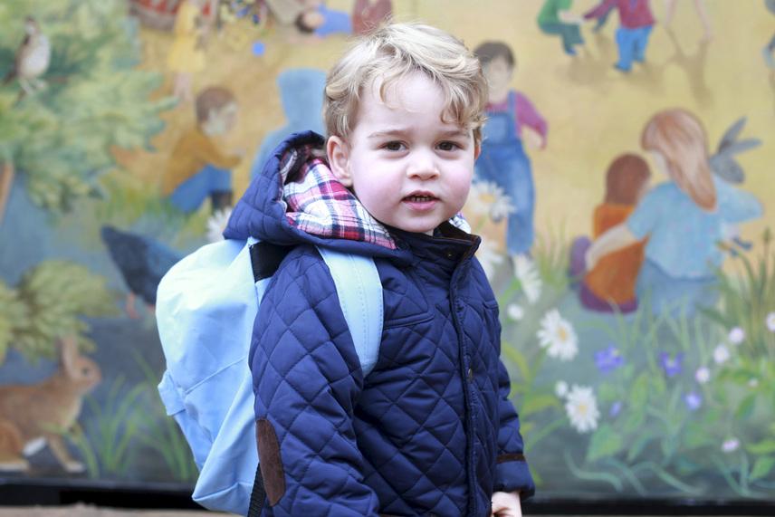 Az idei év komoly fordulópont volt a kis György életében, januárban ugyanis megkezdte tanulmányait egy Montessori típusú óvoda és iskola-előkészítőben.