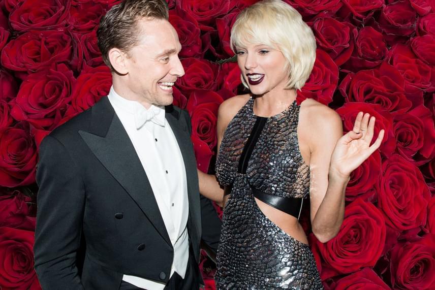 Egyelőre nem tudni, mi az igazság a pletykákból, de annyi bizonyos, hogy az énekesnőt szakítása után két nappal már Tom Hiddlestonnal csókolózva kapták le a lesifotósok.