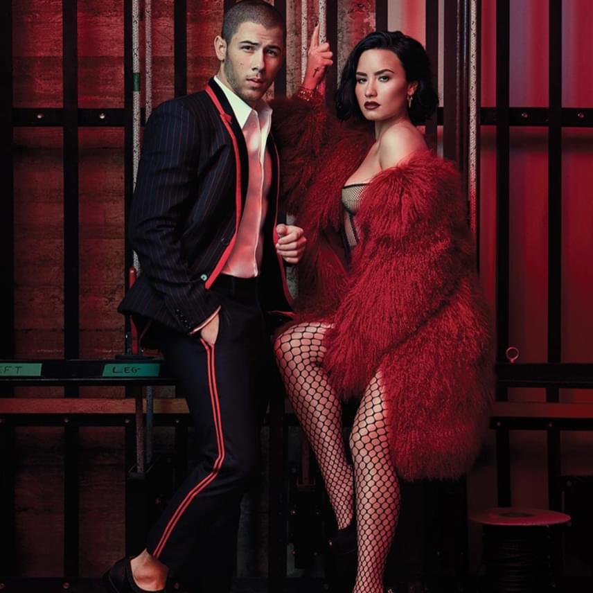 Nagyon dögös fotók készültek róluk a magazin számára, ez a kép Demi személyes kedvence.
