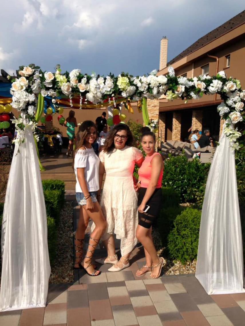 A Gáspár család kedden hatalmas kerti partin ünnepelte Virág 14. születésnapját. Győzike kisebbik lánya szemmel láthatóan sokat fogyott.