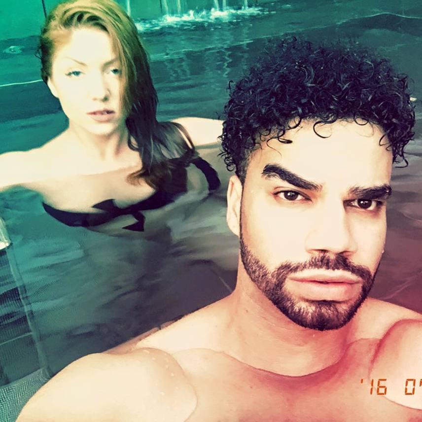 Az énekesnőről szerelme, Kállay-Saunders András is posztolt egy bikinis fotót.