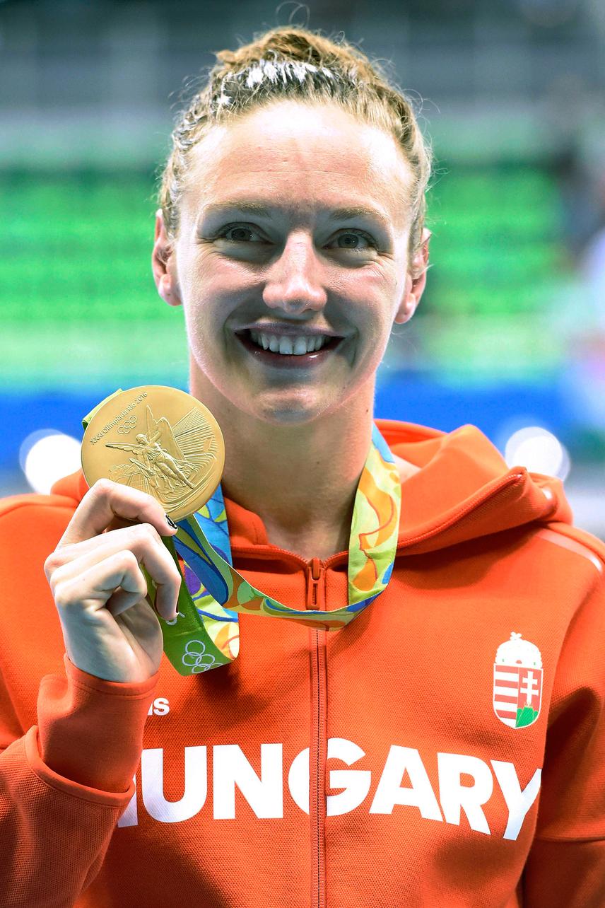 Katinka az MTI értesülései szerint hét éve üldözte a 400 méter vegyes aktuális világcsúcsát, amelyet végül a riói olimpia szombati nyitónapján sikerült megdöntenie, ezzel együtt megszerezte pályafutása első ötkarikás aranyérmét.