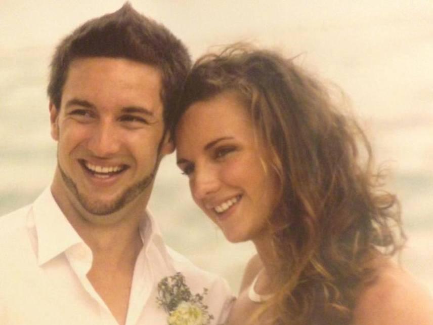 Hosszú Katinka és Shane Tusup 2013. augusztus 22-én házasodtak össze a Seychelle-szigetekhez tartozó Mahén.