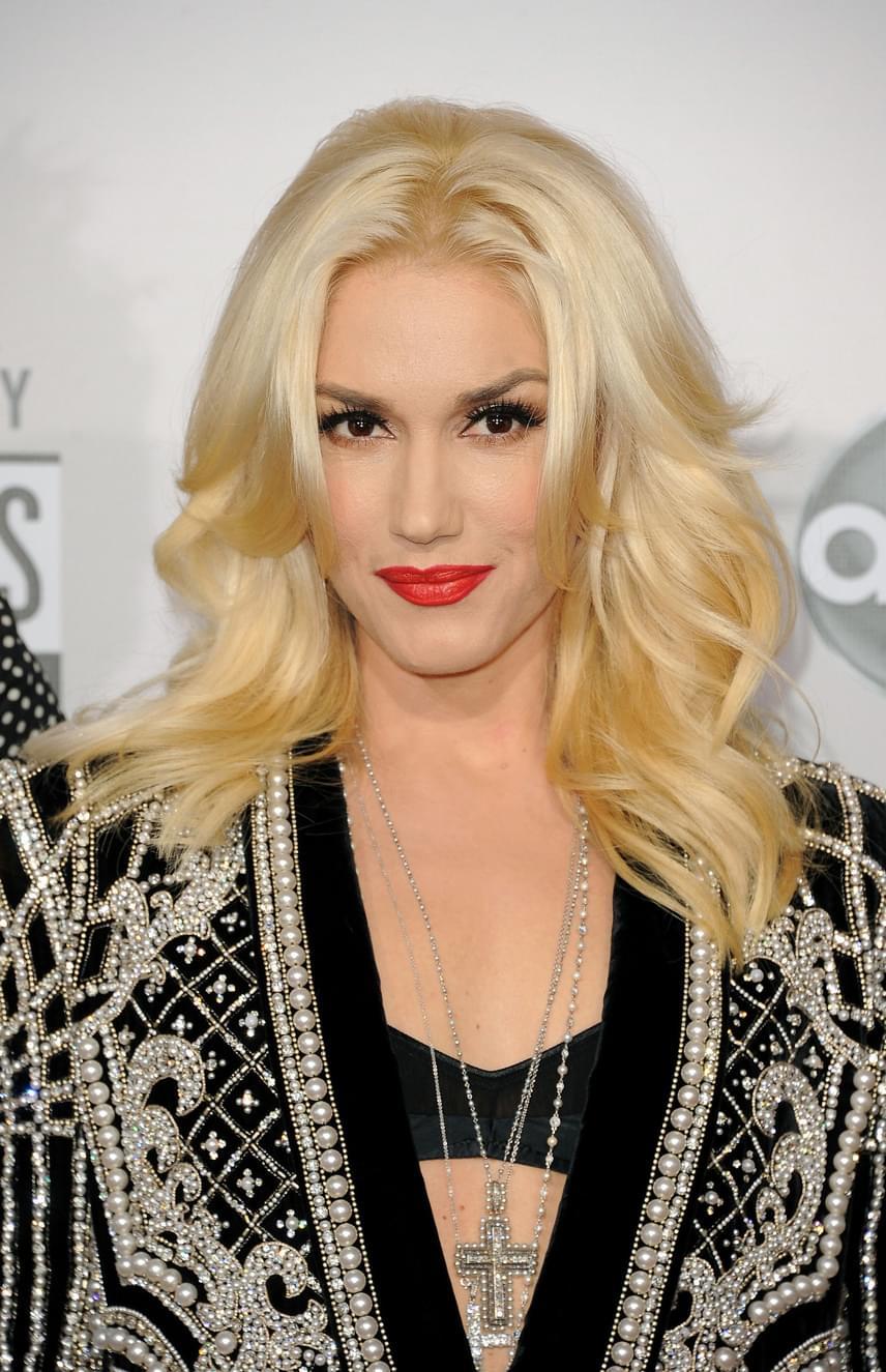 Gwen Stefani a harmincas éveiben szülte meg két kisfiát, Kingstont és Zumát, a harmadik lurkót azonban már 44 évesen hozta világra.