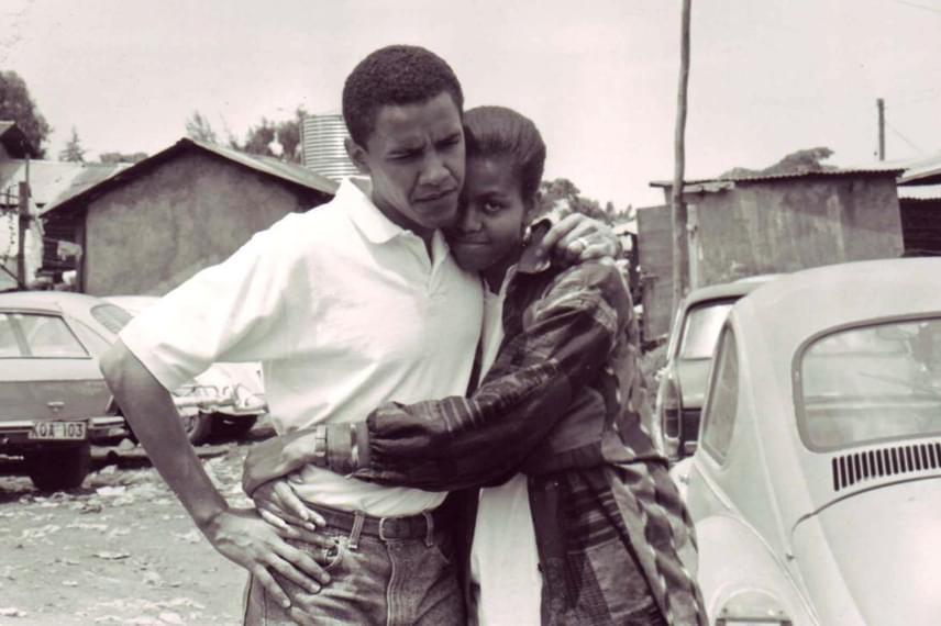 Mostanában került elő ez a nagyon meghitt, érzelmekkel teli fotó Barack Obamáról és jegyeséről, Michelle Robinsonról. A kép 1992-ben készült Kenyában.